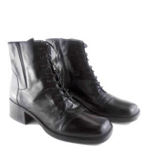 BOSTON ACCENT Garrett Leather Zip Side Ankle Boot